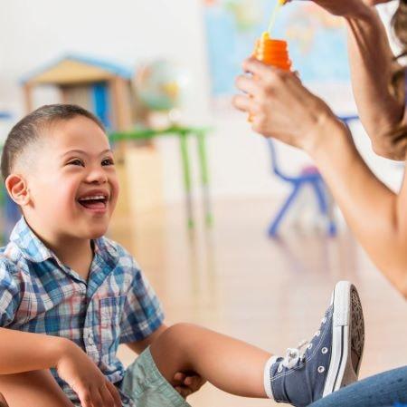 Комплексный подход к развитию и обучению детей с синдромом Дауна и детей с сочетанными нарушениями (ТМНР) на уровне дошкольного и начального школьного образования